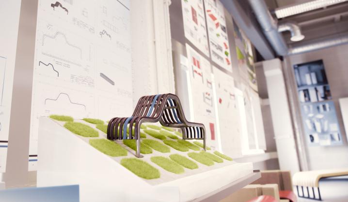 """VGTU """"LinkMenų fabrike"""" – Pramonės gaminių dizaino studentų darbų paroda"""