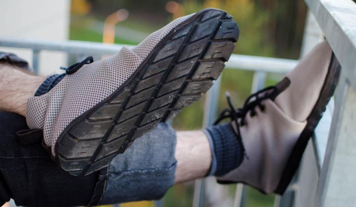 VGTU studentai automobilio padangas prikėlė antram gyvenimui – pasiūlė gaminti batus
